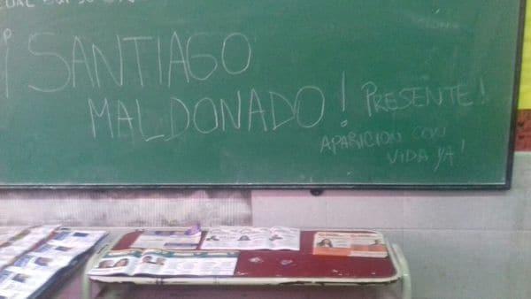 pizarron-Santiago-Maldonado-3