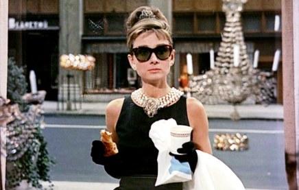 Audrey Hepburn - Desayuno en Tiffany.jpg