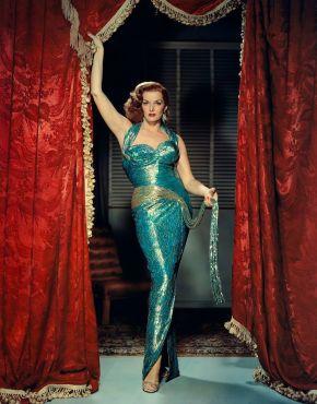 Jane Russell - La rebeldia Sra Stover.jpg